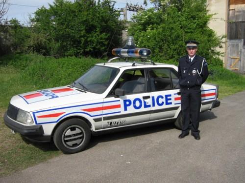 R18 police G.jpg