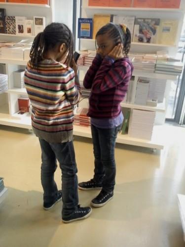 petites filles Pompidou.JPG