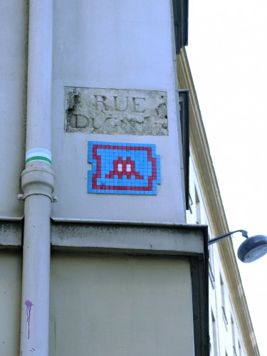space Invader Rue madame.jpg